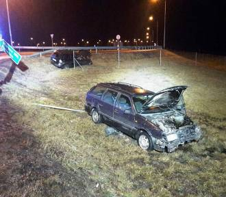 Zderzenie dwóch samochodów koło Braniewa. Trzy osoby zostały ranne