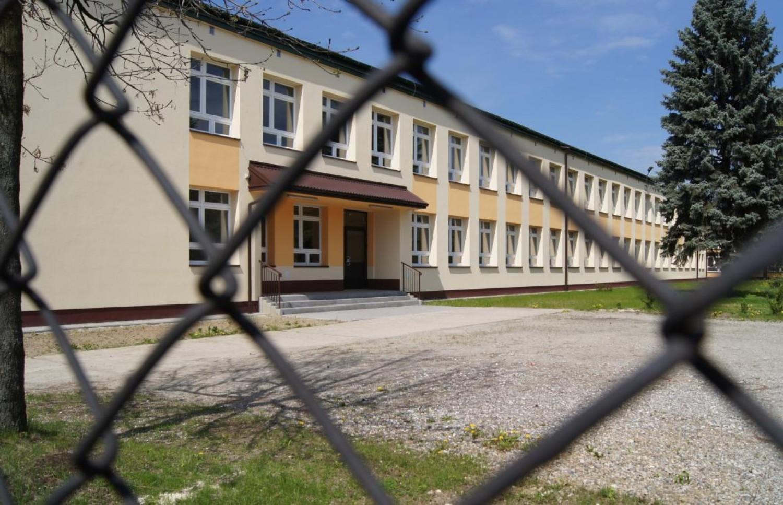 Klaster z myślą o call center starał się o wydzierżawienie budynku opuszczonej szkoły