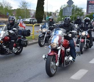 Parada motocykli ulicami Miastka (WIDEO, FOTO)