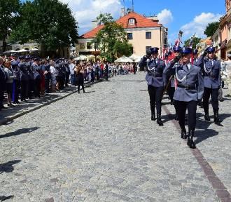 Wojewódzkie Święto Policji w Sandomierzu z nagrodami i piknikiem