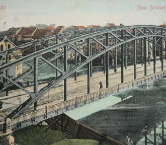 Piękny Most Staromiejski na archiwalnych fotografiach. Zobacz! [ZDJĘCIA]