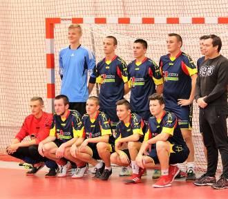 Powiatowe mistrzostwa halowej piłki nożnej szkół ponadgimnazjalnych 2017 w Złotowie
