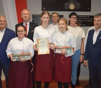 Zakończył się IX Jesienny Piknik na Kaszubach - ZSP w Sierakowicach zwycięzcą konkursu [ZDJĘCIA]