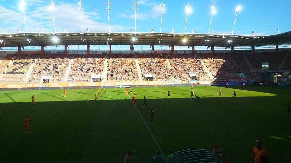 Stadion Zagłębia na mecz z Pogonią nie wypełnił się nawet w połowie