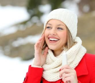 Zimowa pielęgnacja, czyli jakie kosmetyki stosować, a których unikać?