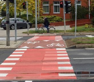 Nowe ścieżki rowerowe na Piekarach w Legnicy [ZDJĘCIA]