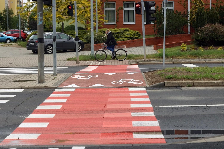 Nowe ścieżki rowerowe na Piekarach w Legnicy