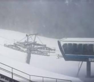 Wyciąg na Śnieżkę zamarzł. Nie wiadomo kiedy uda się go uruchomić [ ZDJĘCIA]