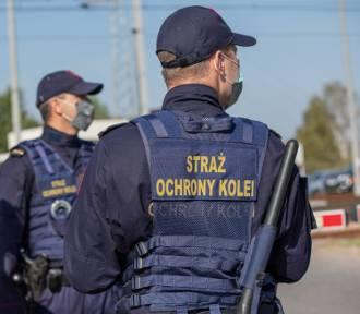 Niebezpieczna zabawa nastolatków w Jedliczu. Układali przeszkody torach
