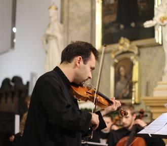 Dźwięki XVII-wiecznych skrzypiec Antonio Stradivariusa wybrzmiały w kościele oo. Franciszkanów