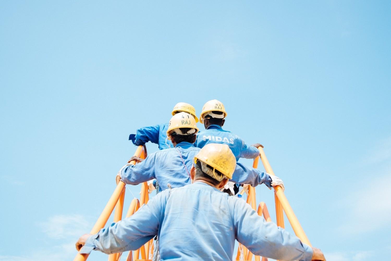 TOP17 zawodów, w których szuka się pracowników