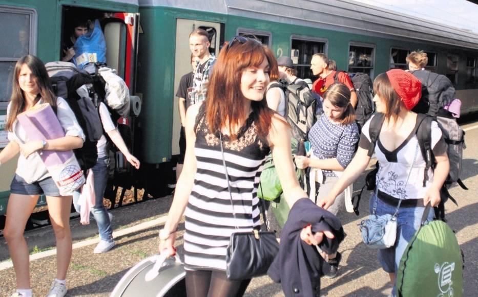 W Katowicach specjalny pociąg do Gdyni wypełnił się po brzegi wielbicielami dobrej muzyki