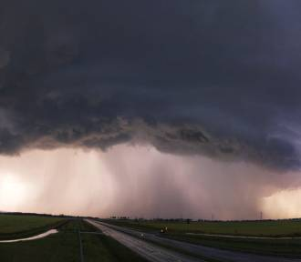 Uwaga! Dziś możliwe są burze z gradem nad Legnicą i Lubinem!