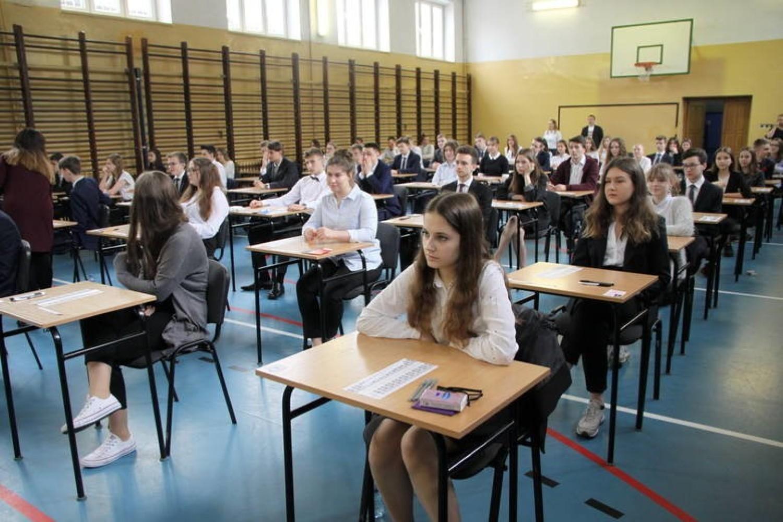Mamy wyniki egzaminów gimnazjalnych i ósmoklasistów dla Torunia
