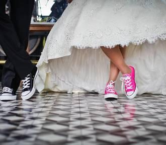 QUIZ. Czy potrafisz się zachować na weselu? To wcale nie takie łatwe!