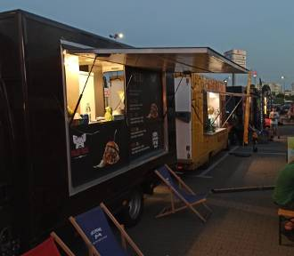 Food trucki w Kaliszu. Restauracje na kółkach zagoszczą przy Galerii Kalisz