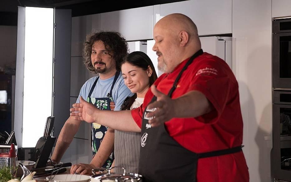 Artysta w Kuchni - Kałamaga i Żurawlewa gotują z włoskim mistrzem! [WIDEO]