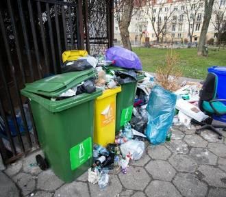 Kolejna rewolucja śmieciowa w Warszawie? Znowu nowe zasady segregacji