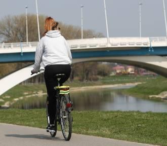 Trzy mosty w Rzeszowie z dodatkowymi pasami ruchu