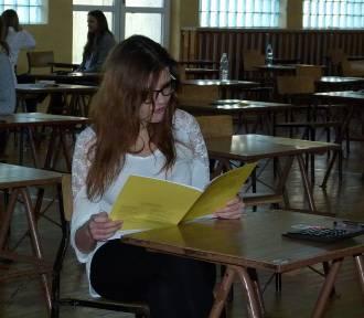 Matura 2019 - egzamin z matematyki w Zespole Szkół Zawodowych nr 1 w Zduńskiej Woli [zdjęcia]