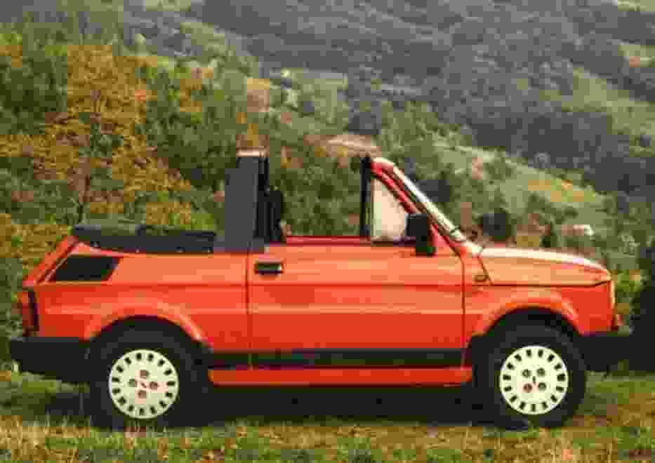 Fiat 126 cabrio zaprojektowany w bielskim ośrodku wygląda efektownie, prawda?