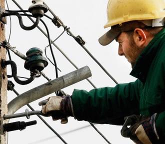 Zimowe awarie prądu. Mróz uszkodził linie energetyczne w regionie sieradzkim