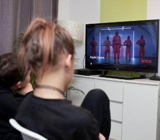 """Szkoły podstawowe alarmują w sprawie serialu """"Squid Game"""""""