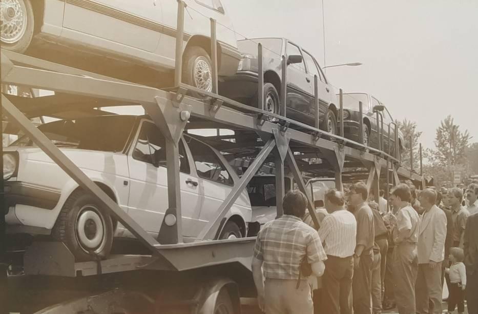 Giełda samochodowa w Kaliszu. Tak wyglądała przed laty