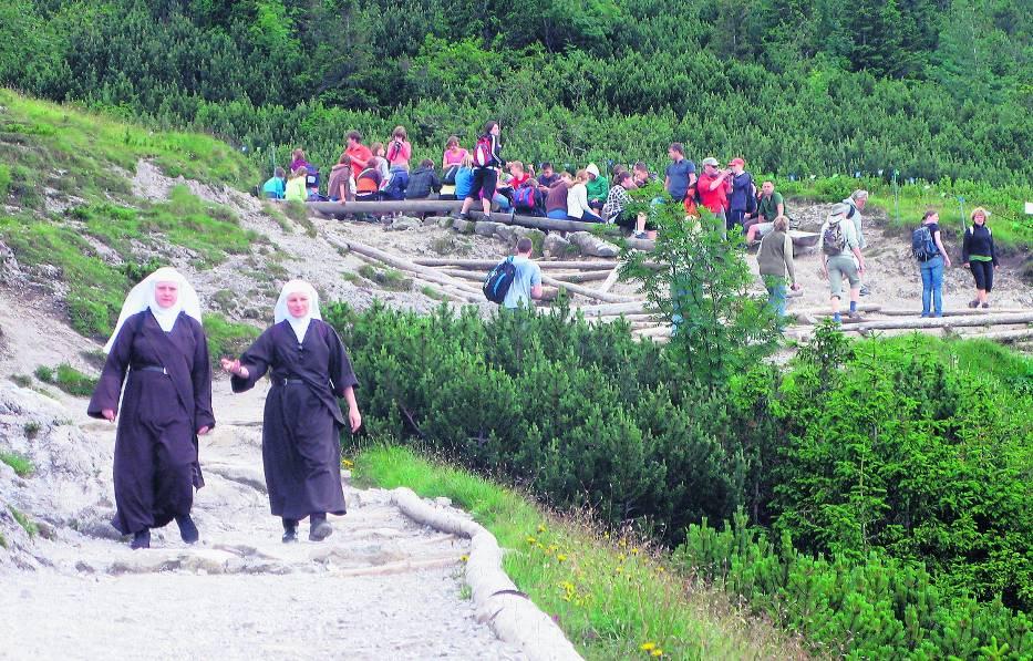 W tym roku w czasie wakacji tłumy na tatrzańskich szlakach były ogromne