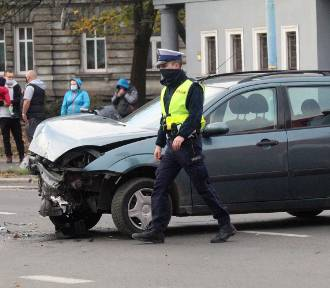 Wypadek na ulicy Piastowskiej w Legnicy