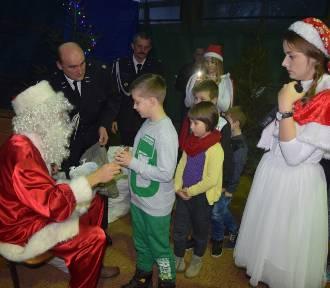 Spotkanie ze Św. Mikołajem w Starym Gołębinie ZDJĘCIA, FILM