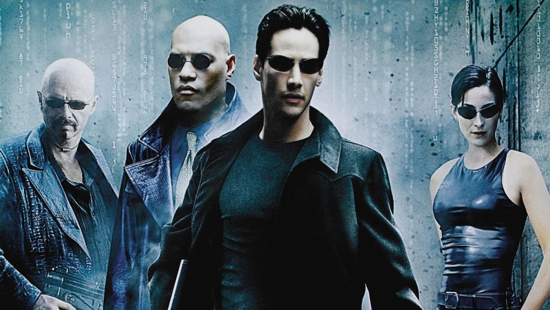 Na ekrany kin wchodzi, dziś kultowy już film The Matrix w reżyserii, wówczas  braci Wachowskich (dziś, po zmianie płci Lana i Lilly Wachowski)