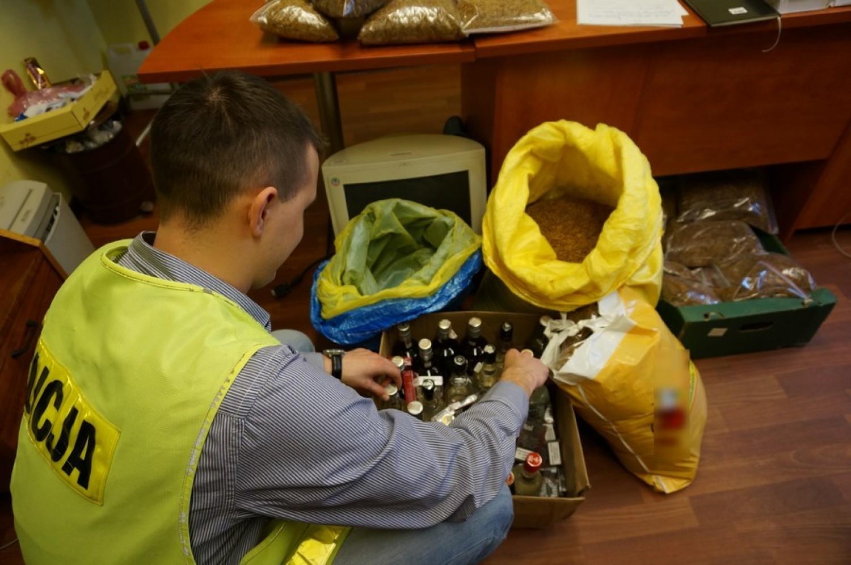 Policja w Lublińcu zatrzymała handlarza towarem bez akcyzy