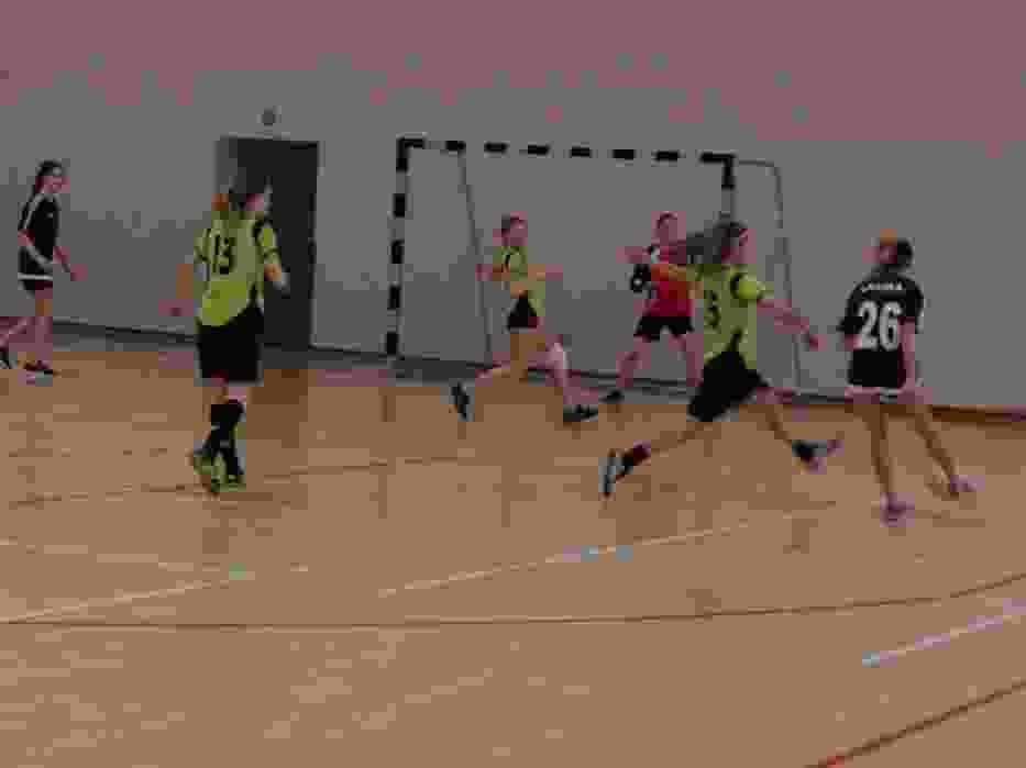 Turniej w Mikołowie: zmagania w piłce nożnej