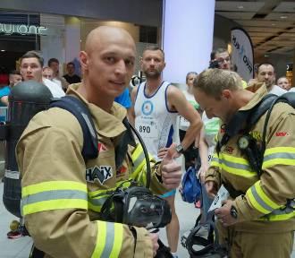 Bieg Charytatywny i Mistrzostwa Polski Strażaków podczas  Sky Tower Run 2017 (20 maja)