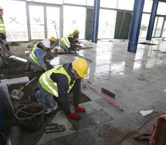 Trwa wielki remont Terminala A Katowice Airport. Finał prac w maju [ZDJĘCIA, WIDEO]