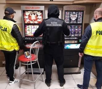 Nielegalne maszyny do gry znalezione w Sandomierzu. Zobacz tę akcję [ZDJĘCIA]