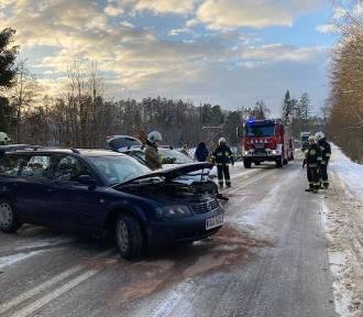 Wypadek pod Sulęczynem - jedna osoba przewieziona do szpitala