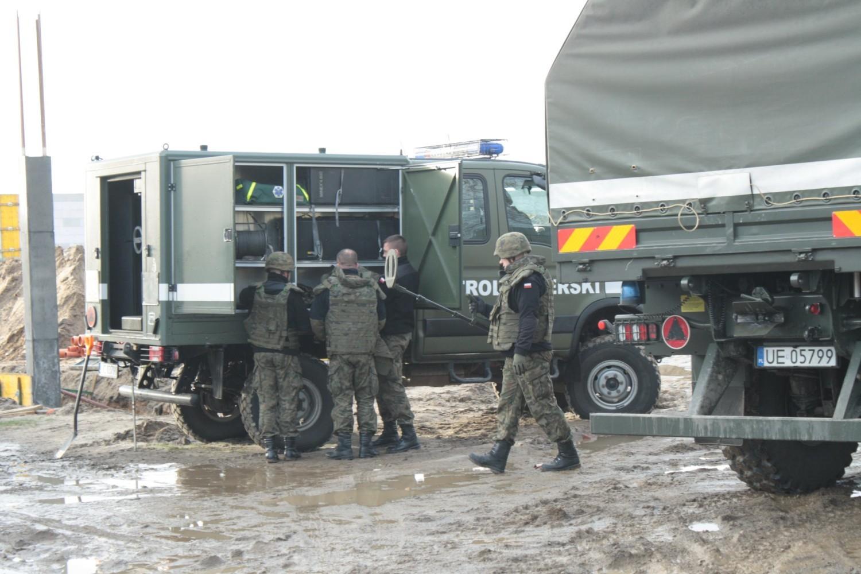 Zdjęcia z akcji saperów przy SP nr 3 w Gubinie udostępniła redakcja Wiadomości Gubińskich