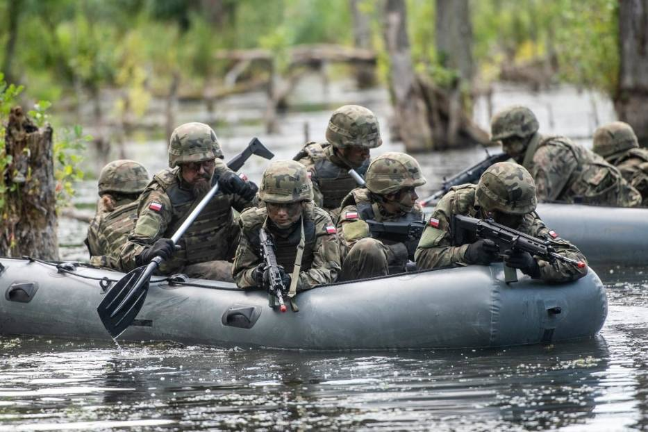 Wojsko wyprzedaje sprzęt. Zobacz co możesz kupić (ZDJĘCIA)