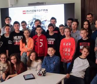 Uczniowie z Kowalewa w EduLab