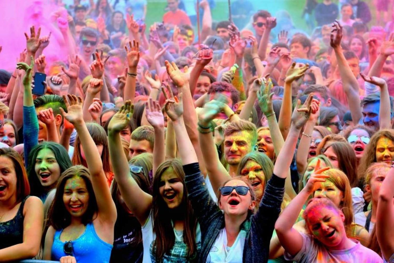 Święto Kolorów na kampusie Politechniki