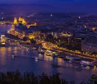 Węgry nie oglądały się na UE. Mają szczepionki z Rosji i Chin i są liderem szczepień