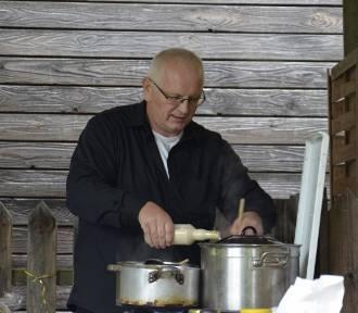 Prawie jak Robert Makłowicz. Wielkie gotowanie Pawła Kieronia z Sieradza FOTO