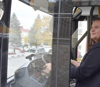 Wiceminister za kierownicą autobusu [ZDJĘCIA]