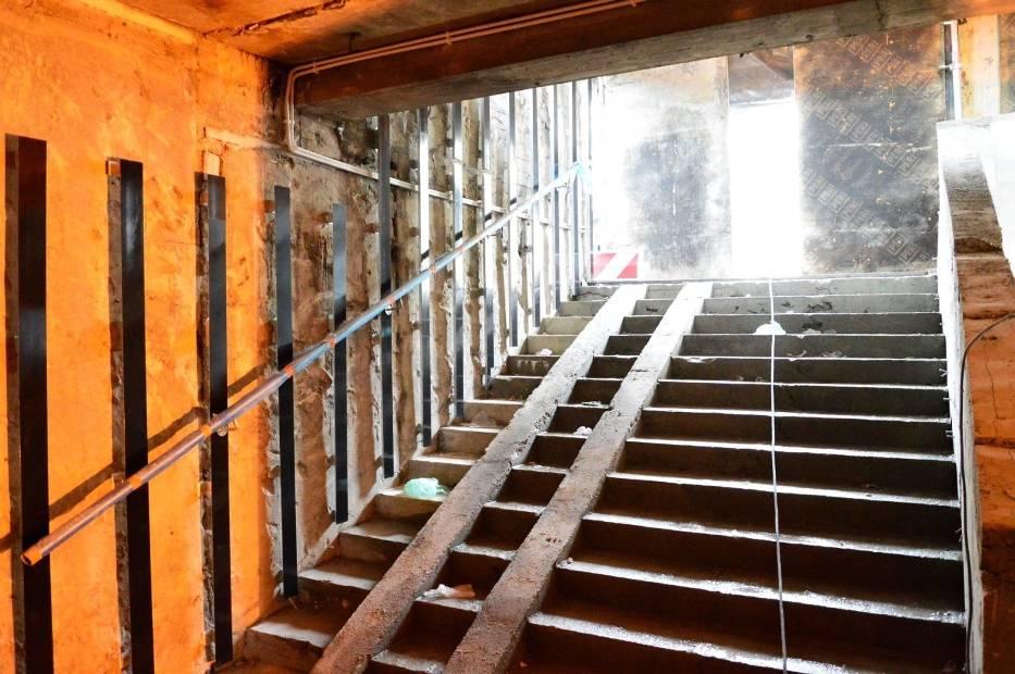 Podpisano aneks do umowy, który pozwoli wykonawcy zakończyć prace przy modernizacji przejścia podziemnego przy ul
