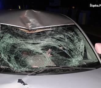 Wypadek w Orzeszu. Samochód potrącił 17-letniego rowerzystę
