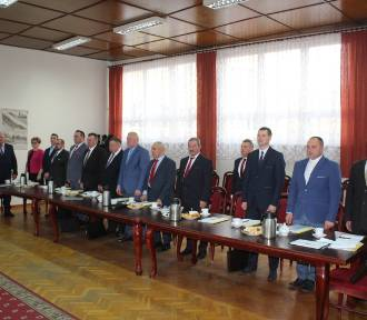 Uroczysta sesja Rady Gminy Radziejów. Przewodniczący bez zmian [zdjęcia]