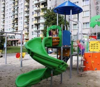 Nowoczesny plac zabaw na osiedlu AK w Opolu [zdjęcia]