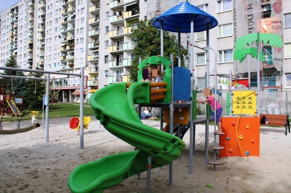 Plac zabaw przy ul